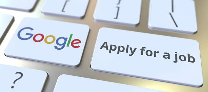 Google Jobsuche in Deutschland gestartet / auf dem Foto: Eine Computertastatur mit den Bezeichnungen